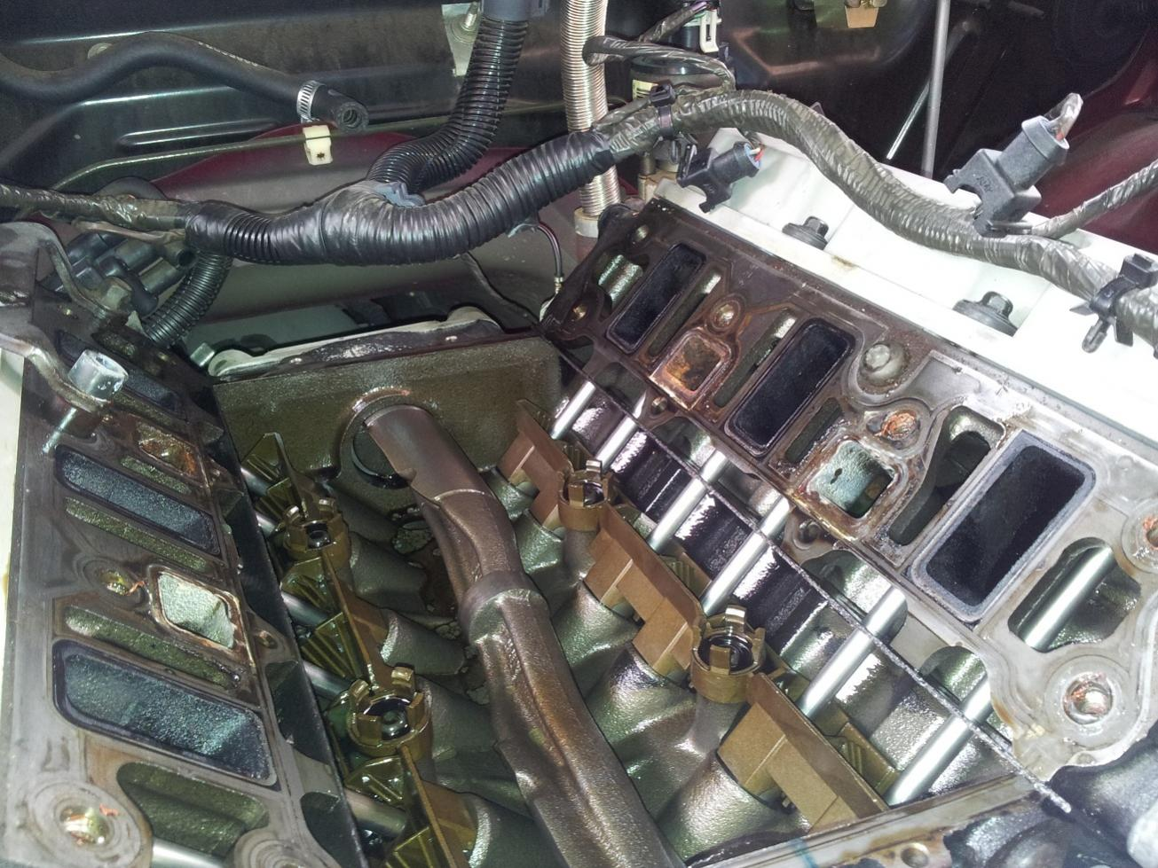 VT-VX] - VS - VY Series 2 Inlet Manifold Gasket Replacement