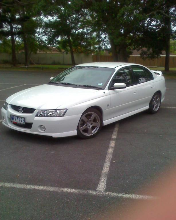 2005 Holden Commodore VZ SV6 5spd my first ride  Just Commodores