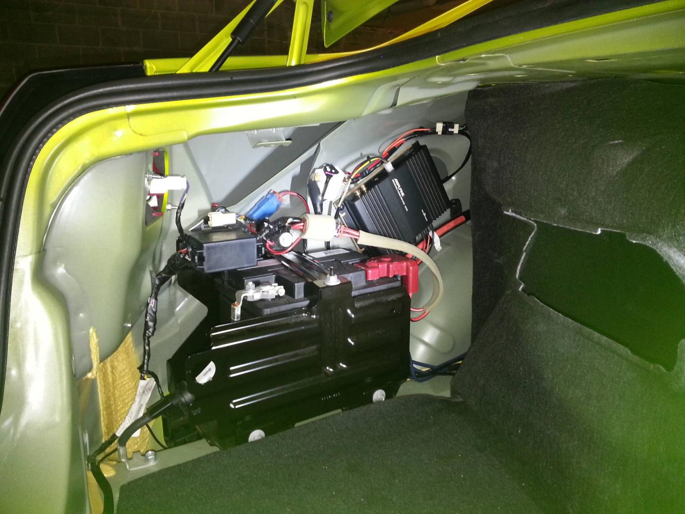 Amplifier install nxt to battery just commodores audio 2g cheapraybanclubmaster Image collections