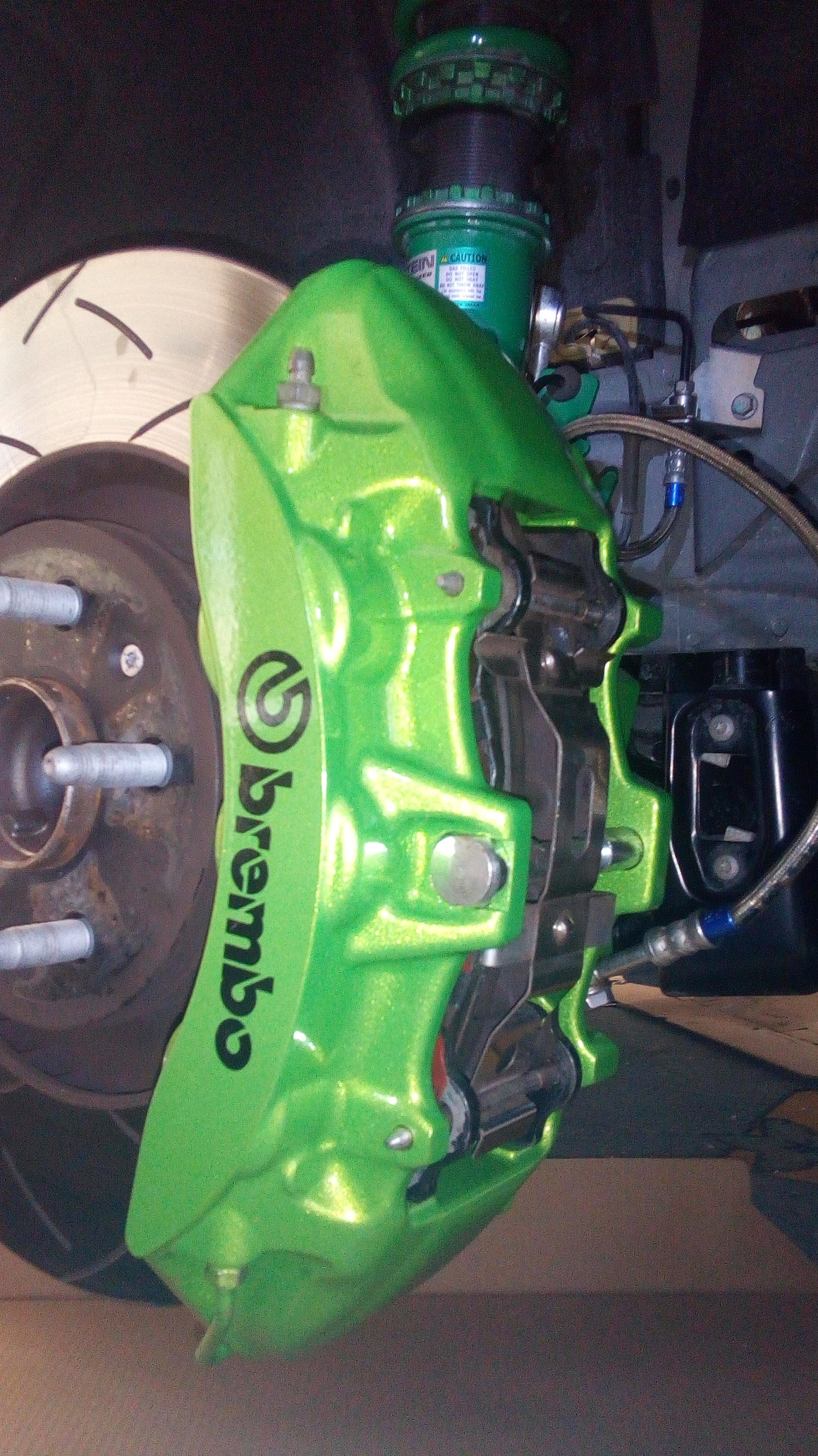 Green 6 pot Brembo Brakes DBA 370mm rotors and Tein coilover(2).jpg
