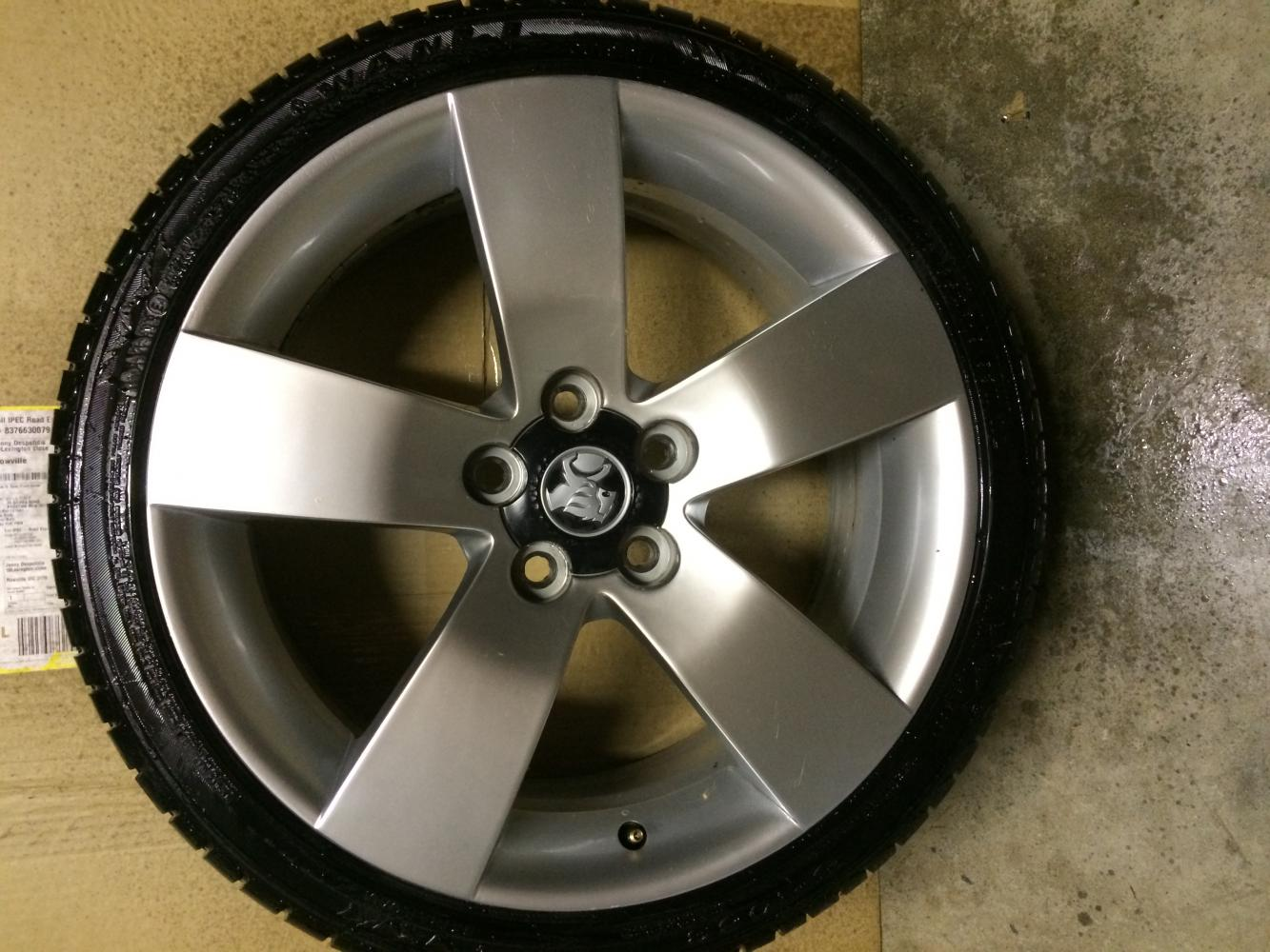 VIC] - Genuine Holden 19inch Ve SSV Alloy Wheels fit pre ve