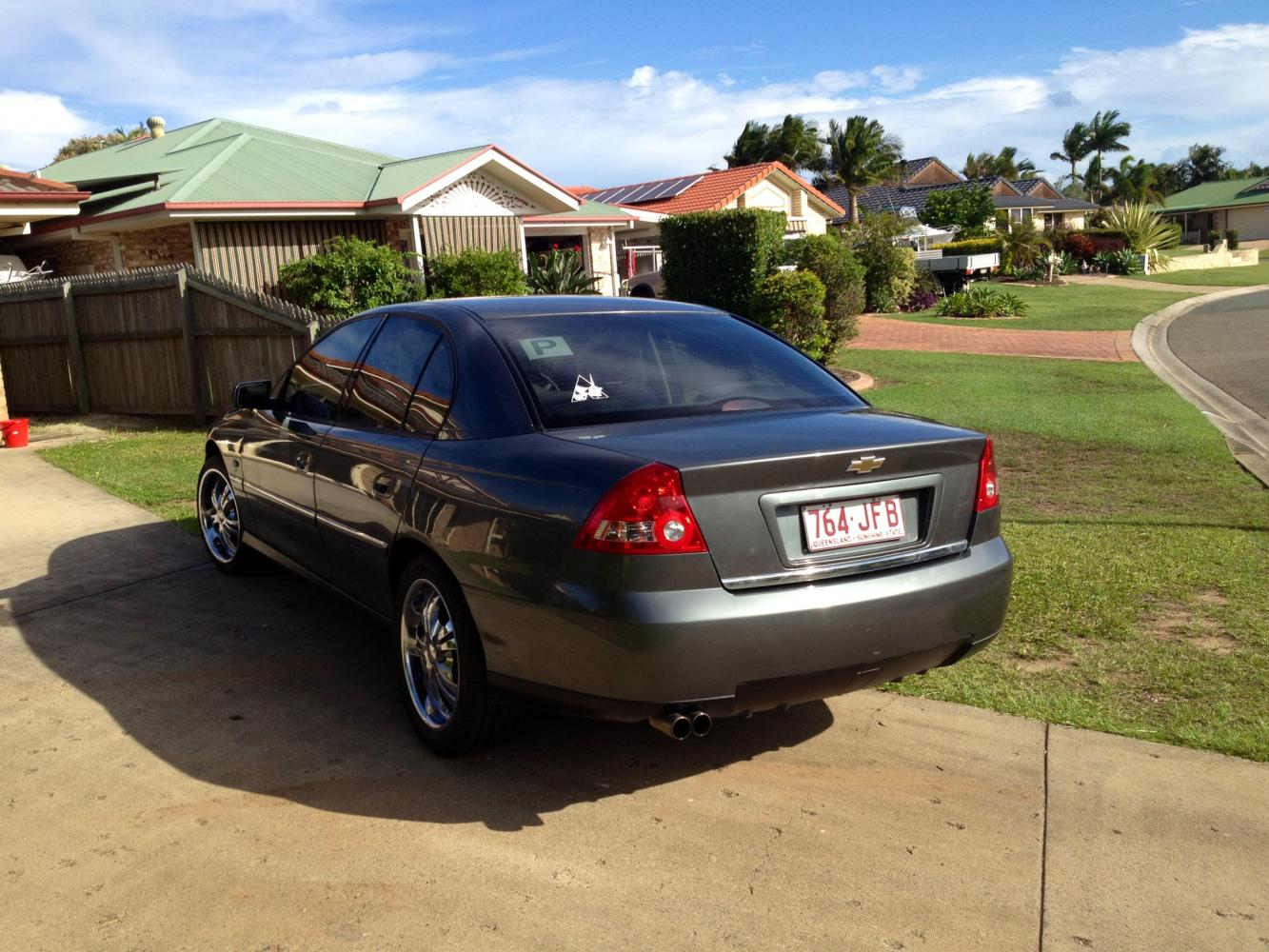 Qld v6 vy series 2 commodore just commodores 2003 holden commodore executive vy ii sedan private cars for sale in qld carsales vanachro Gallery