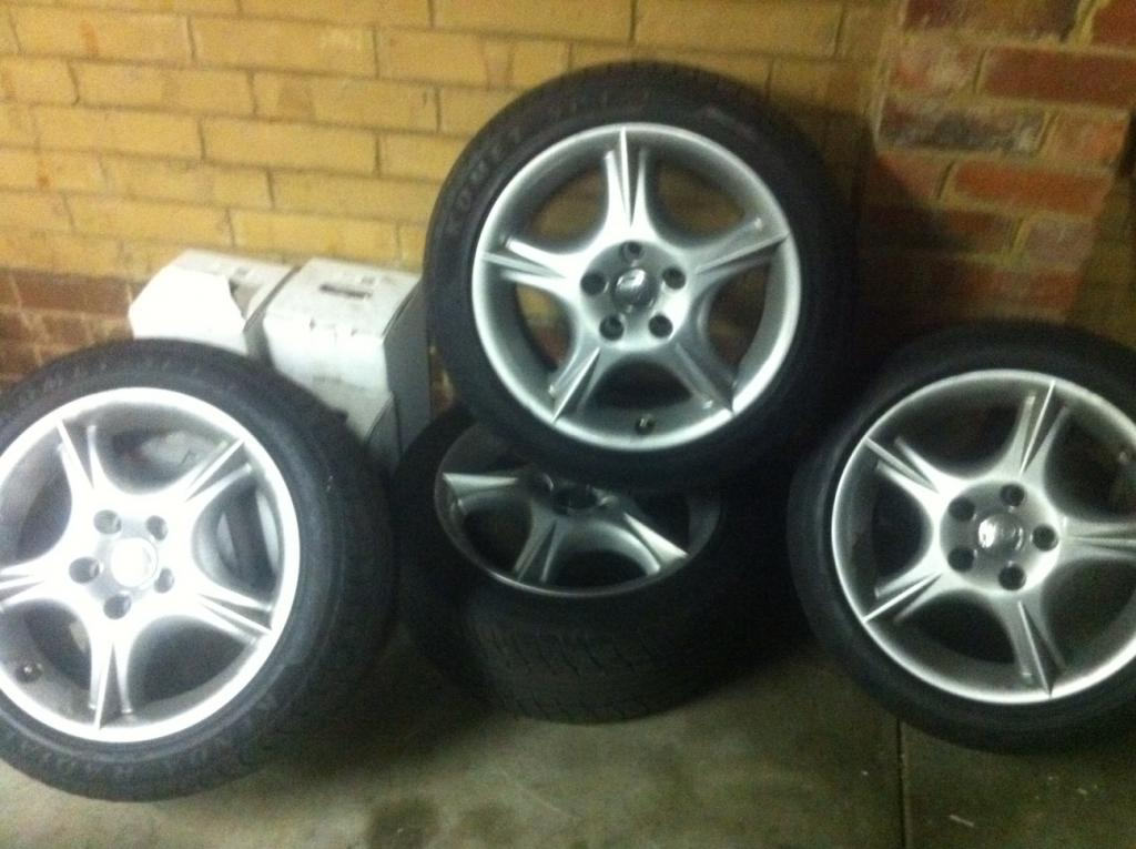 VIC] - HSV VT Clubsport rims with tyres 17s | Just Commodores