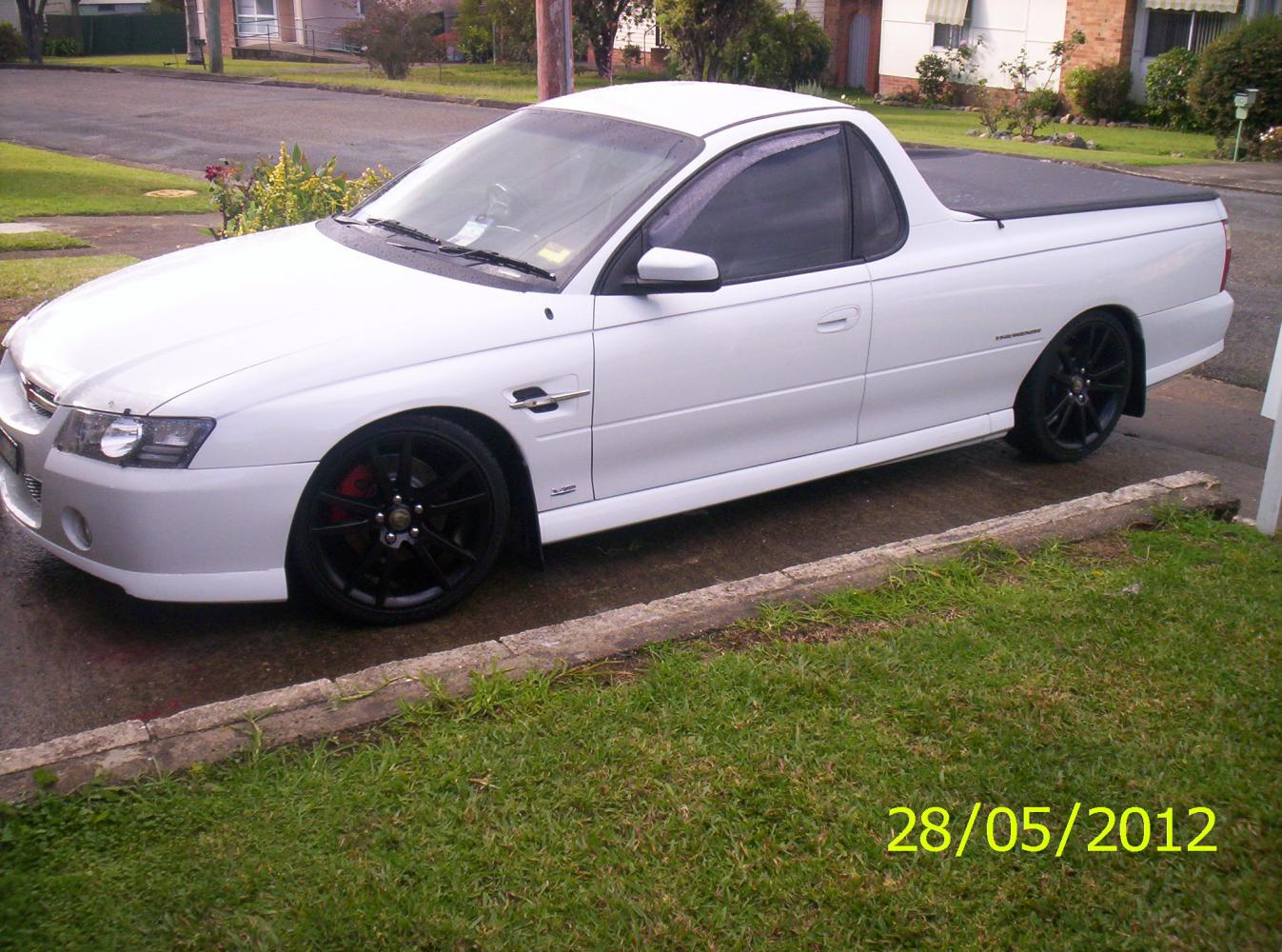 My ride vz ute just commodores vz back to white 12412 001g vanachro Gallery